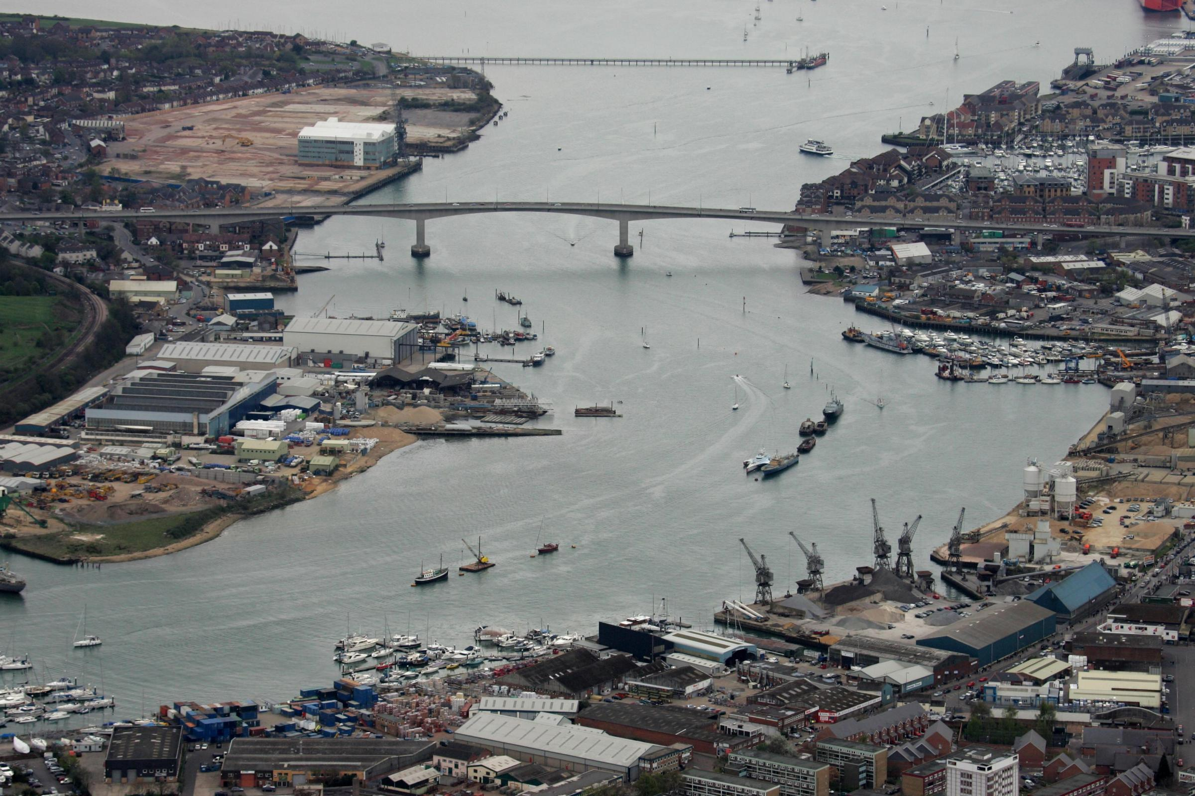 Aerial eye in the sky pics - Southampton - Itchen Bridge - Woolston.