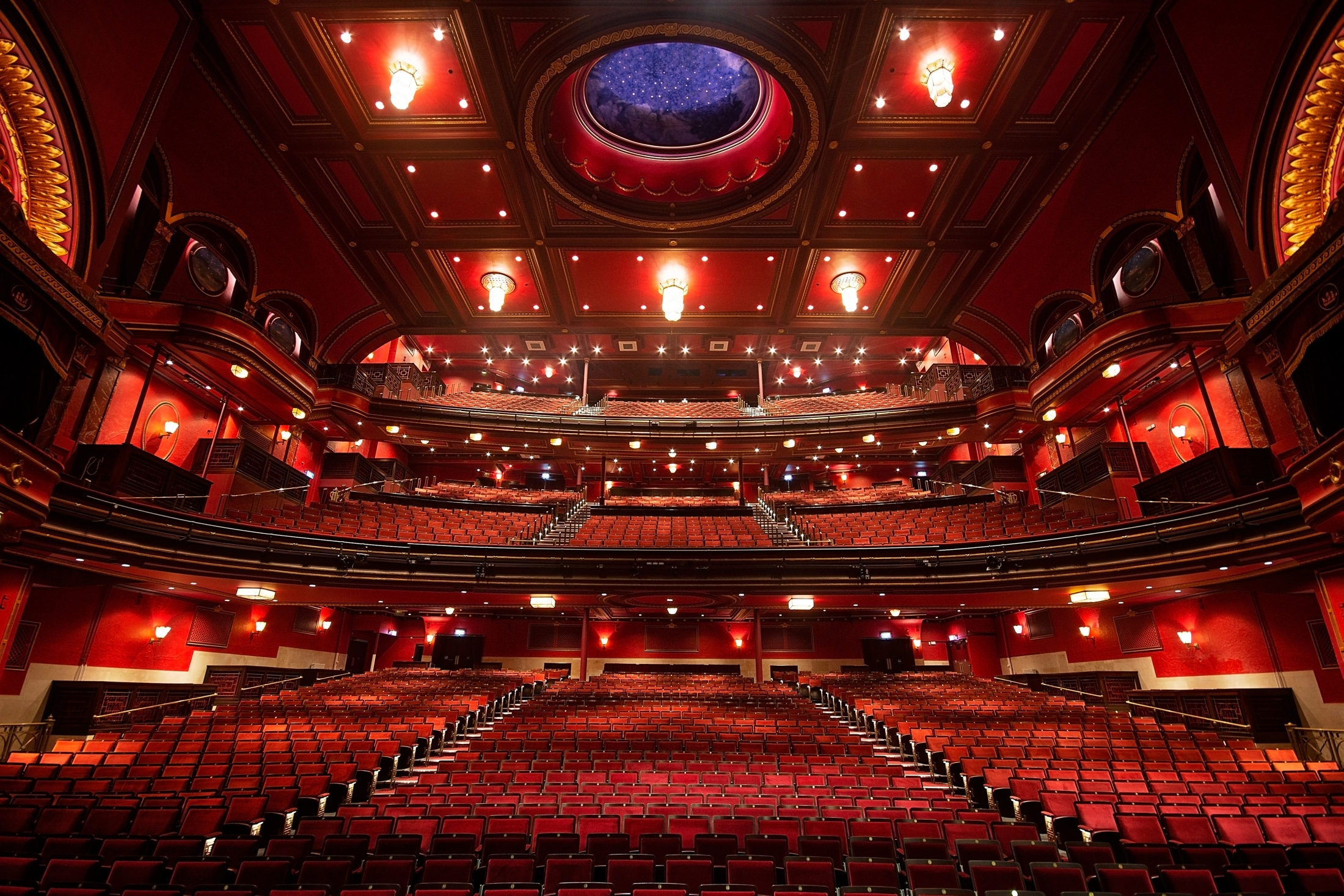 Mayflower Theatre to ditch plastic straws as part of new green agreement