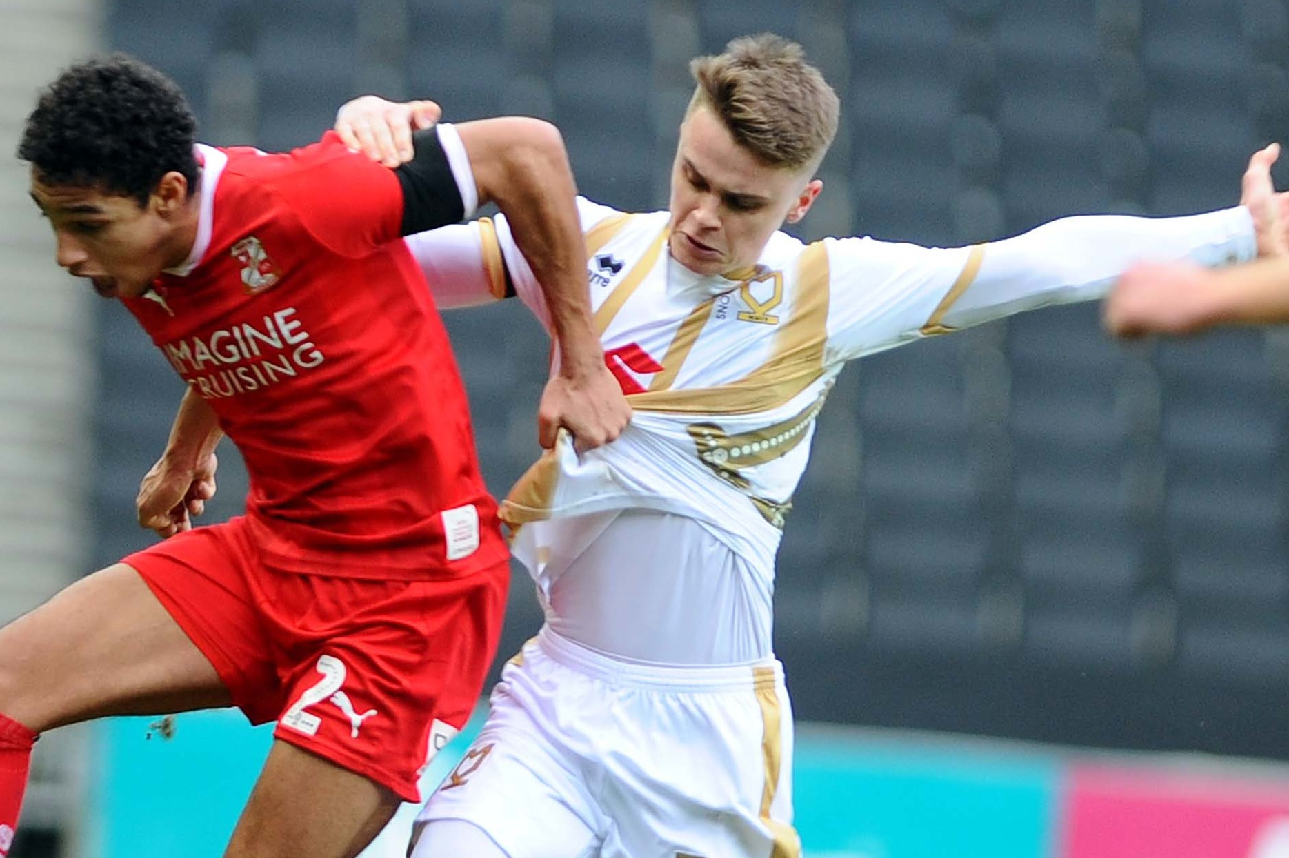 Hesketh scores again for MK Dons