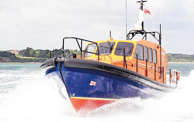 Daily Echo: Lifeboat crews in Hampshire rescue more than 400