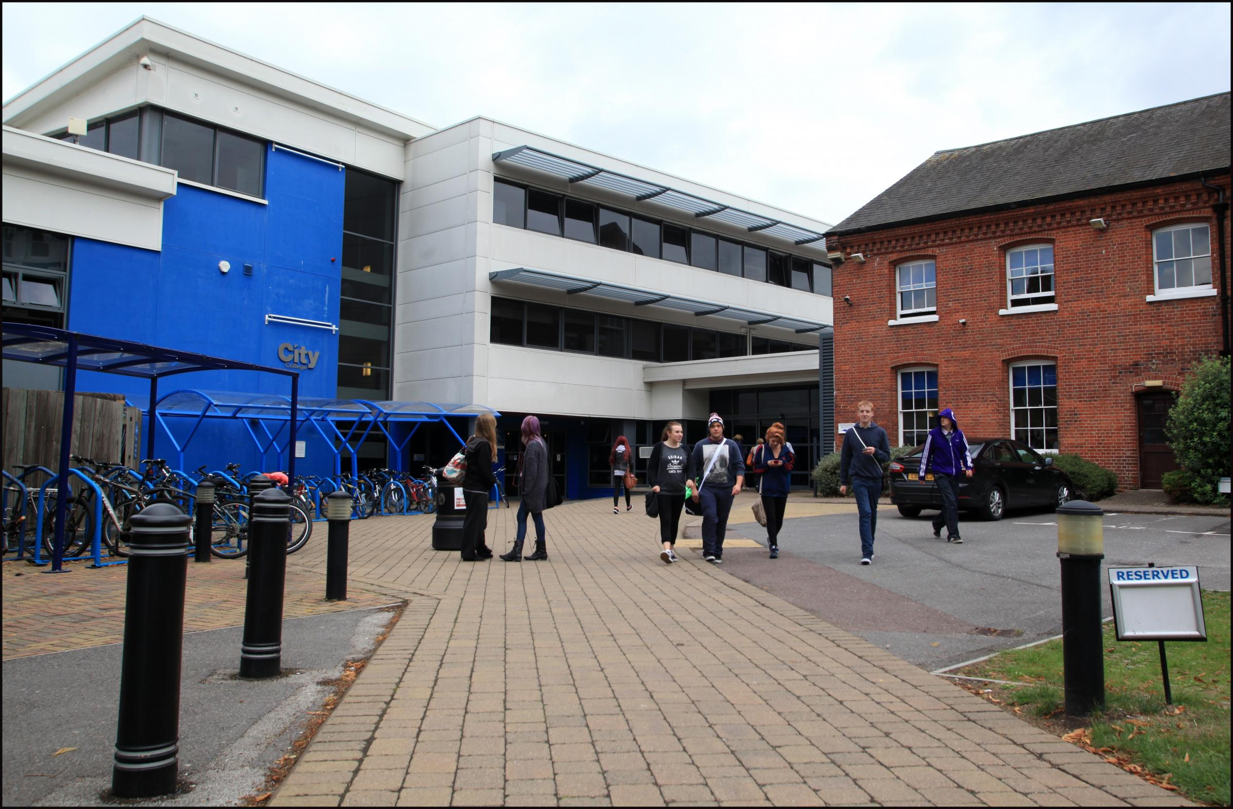 City College Southampton Itchen Sixth Form College And Richard Taunton Sixth Form Could Be Merged Daily Echo