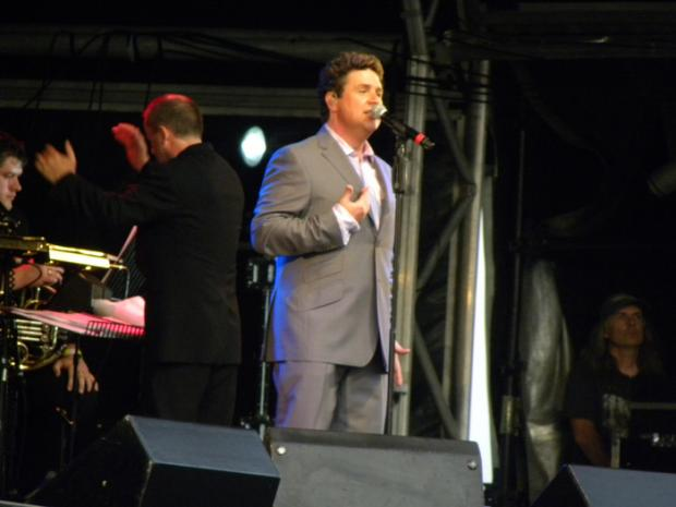 Michael Ball in action