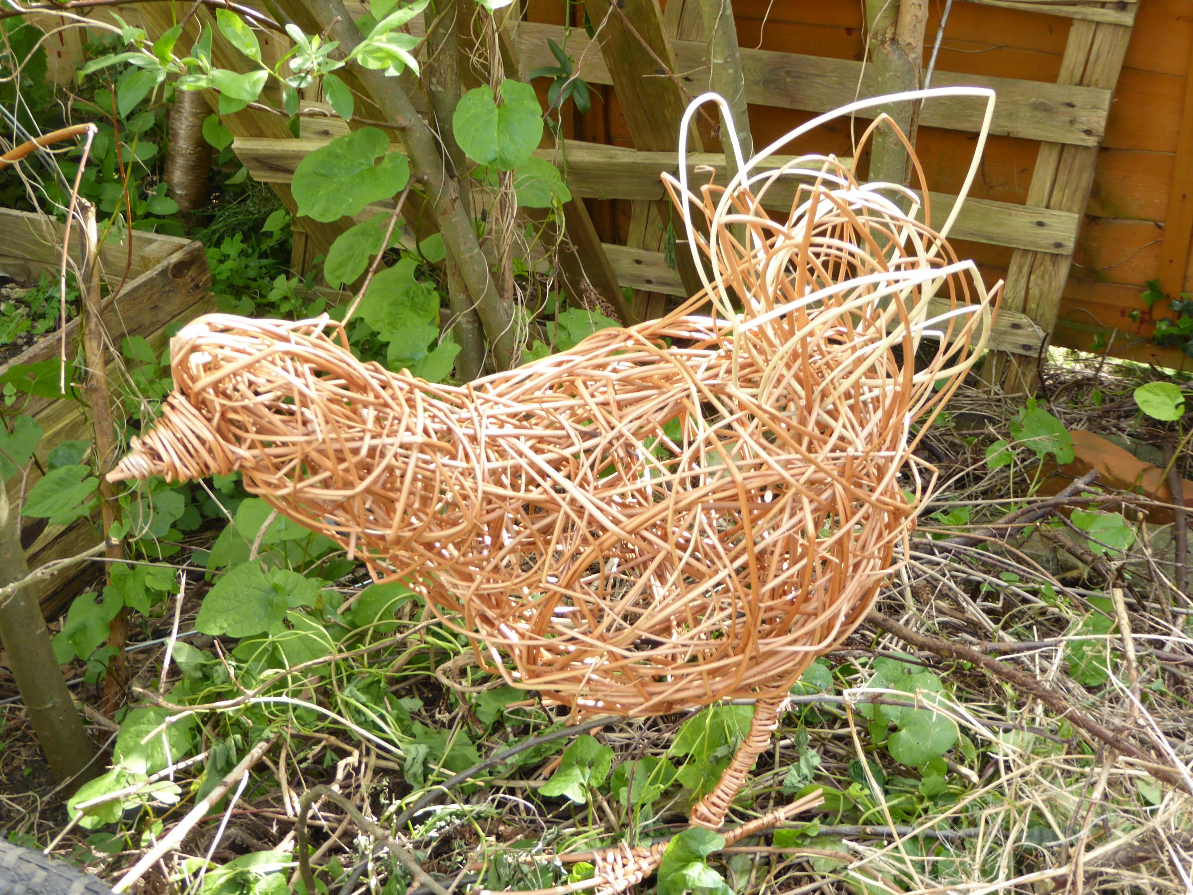 Willow workshops make a chicken or duck