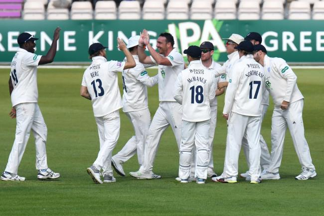 07/04/2019 (sport)..Cricket - Hampshire v Essex, Specsavers County Championship, Division 1, Day 3, Ageas Bowl, Eastleigh, Hampshire..Pictured is: Hampshire celebrate the dismissal of Alistair Cook for 50..Picture: Neil Marshall/YASPS.